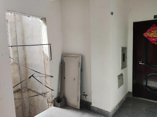 """山水兰亭社区交付电梯时未安装电梯,业主称""""太不安全"""""""
